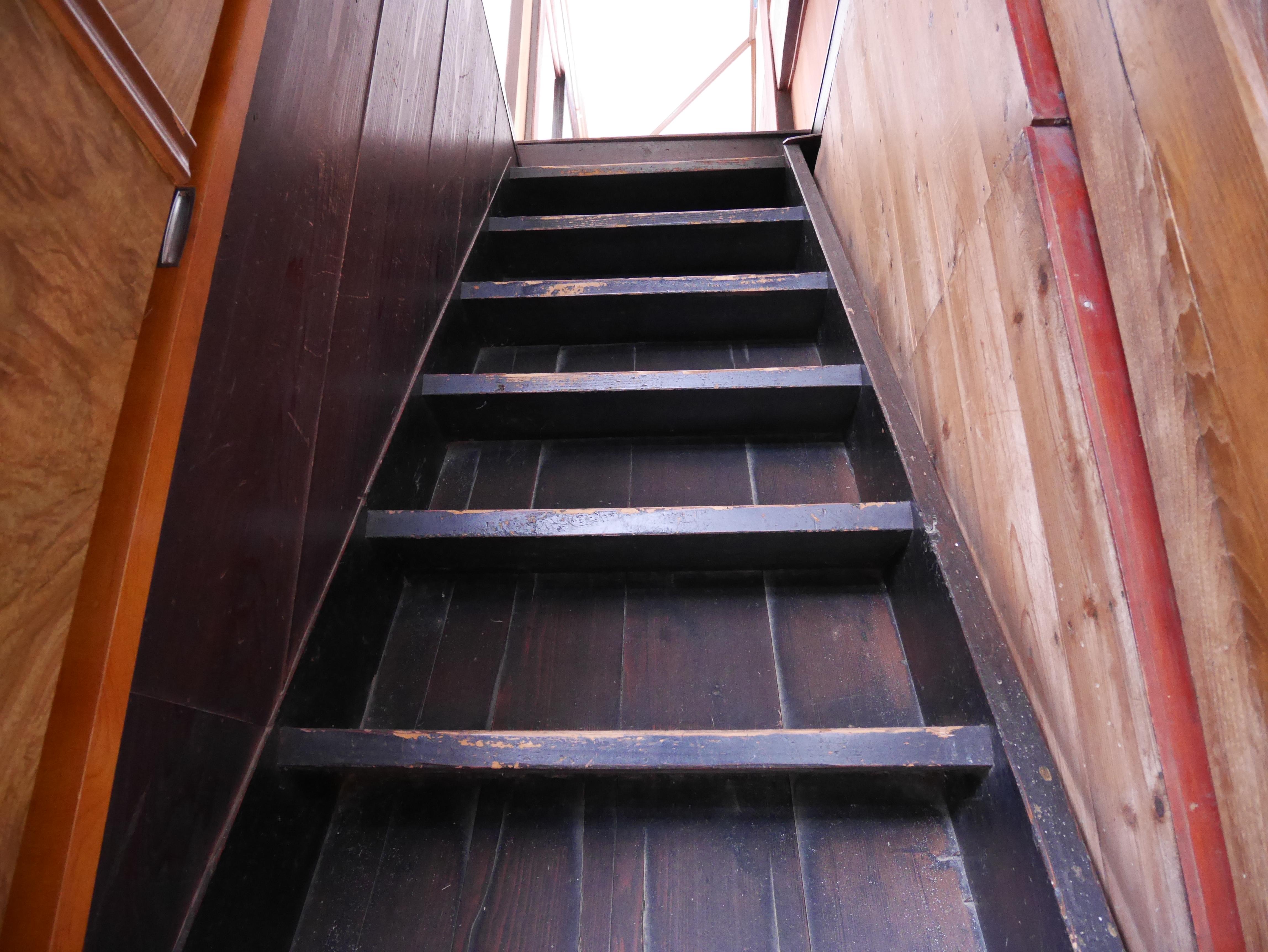 古民家の階段