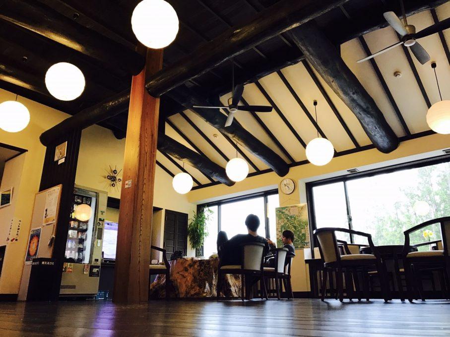 昭和温泉しらかば荘のフロント