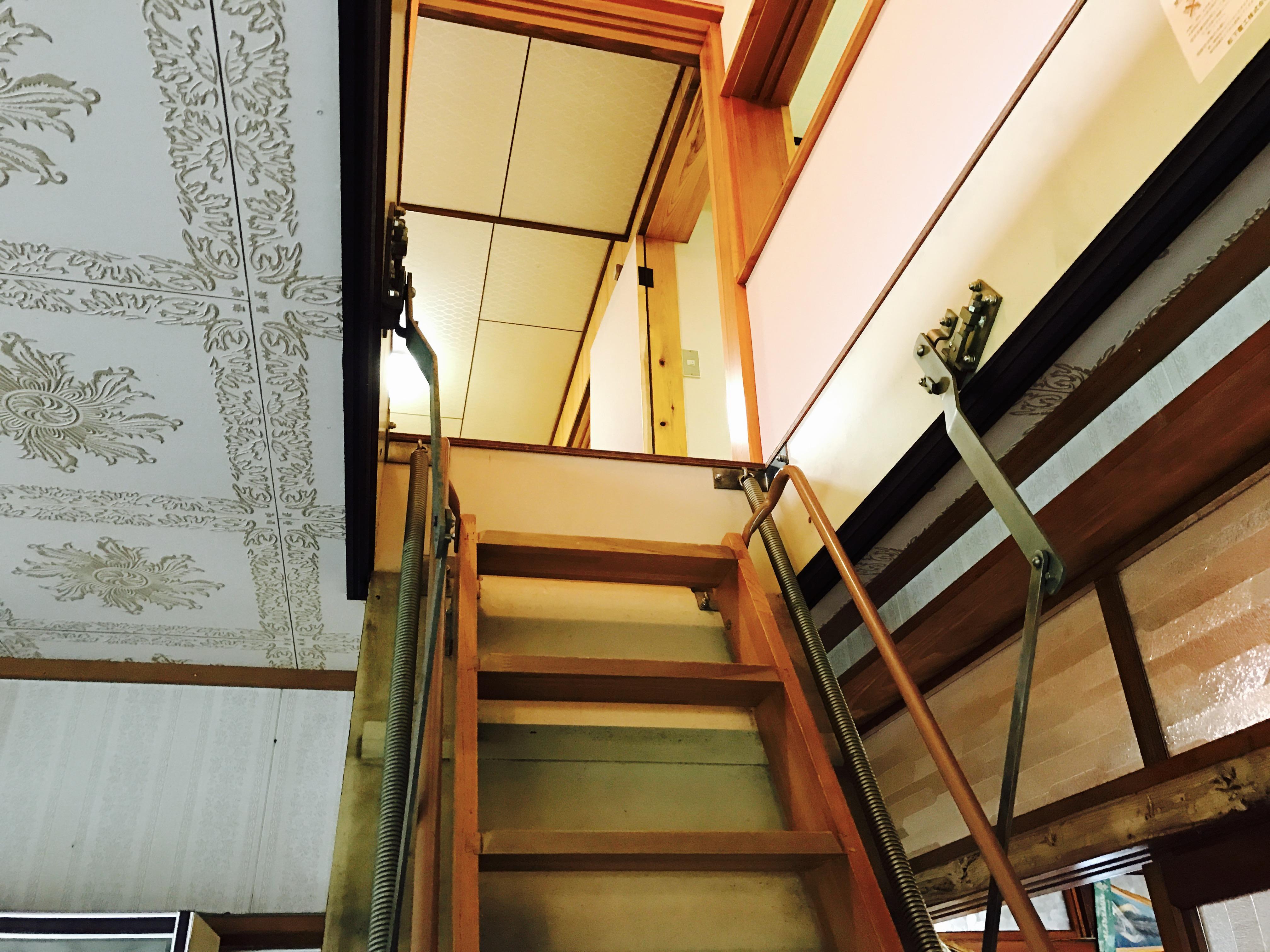 収納階段のはしご