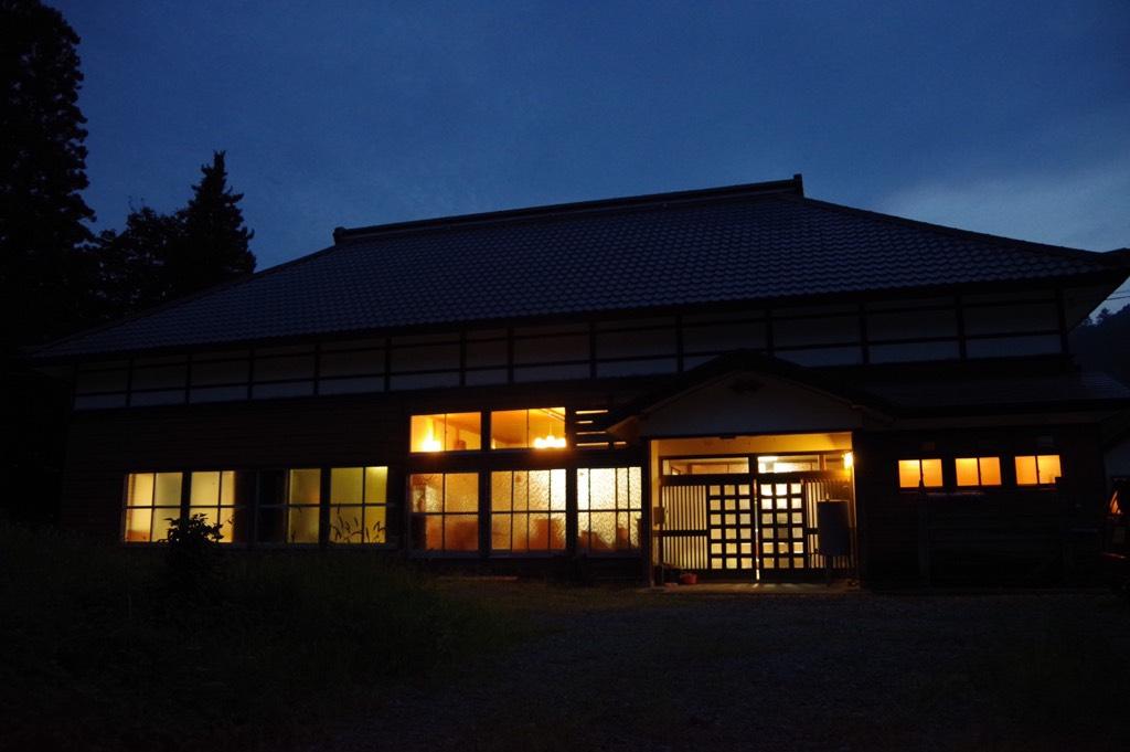 夜の古民家