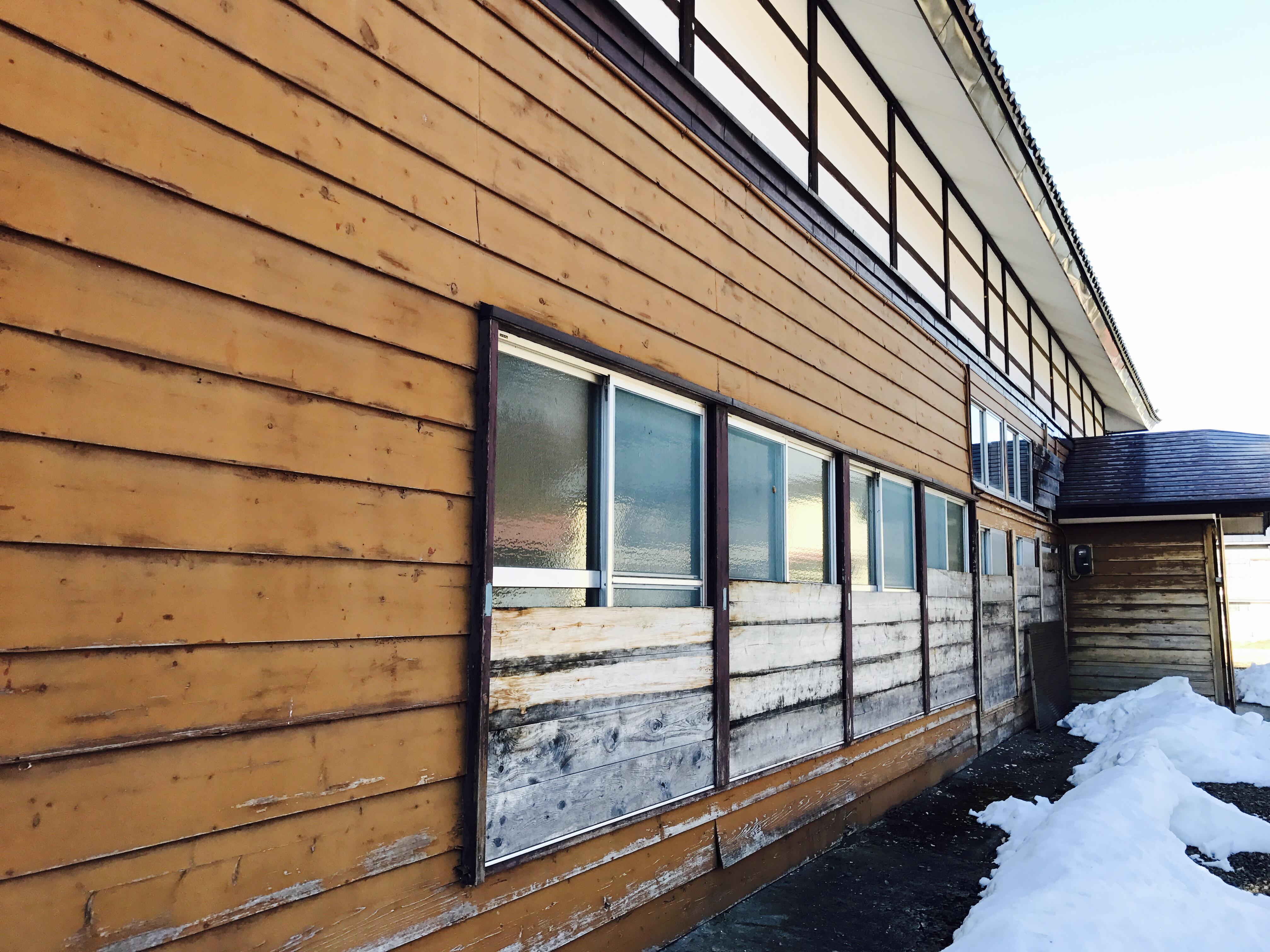 古民家の雪囲い