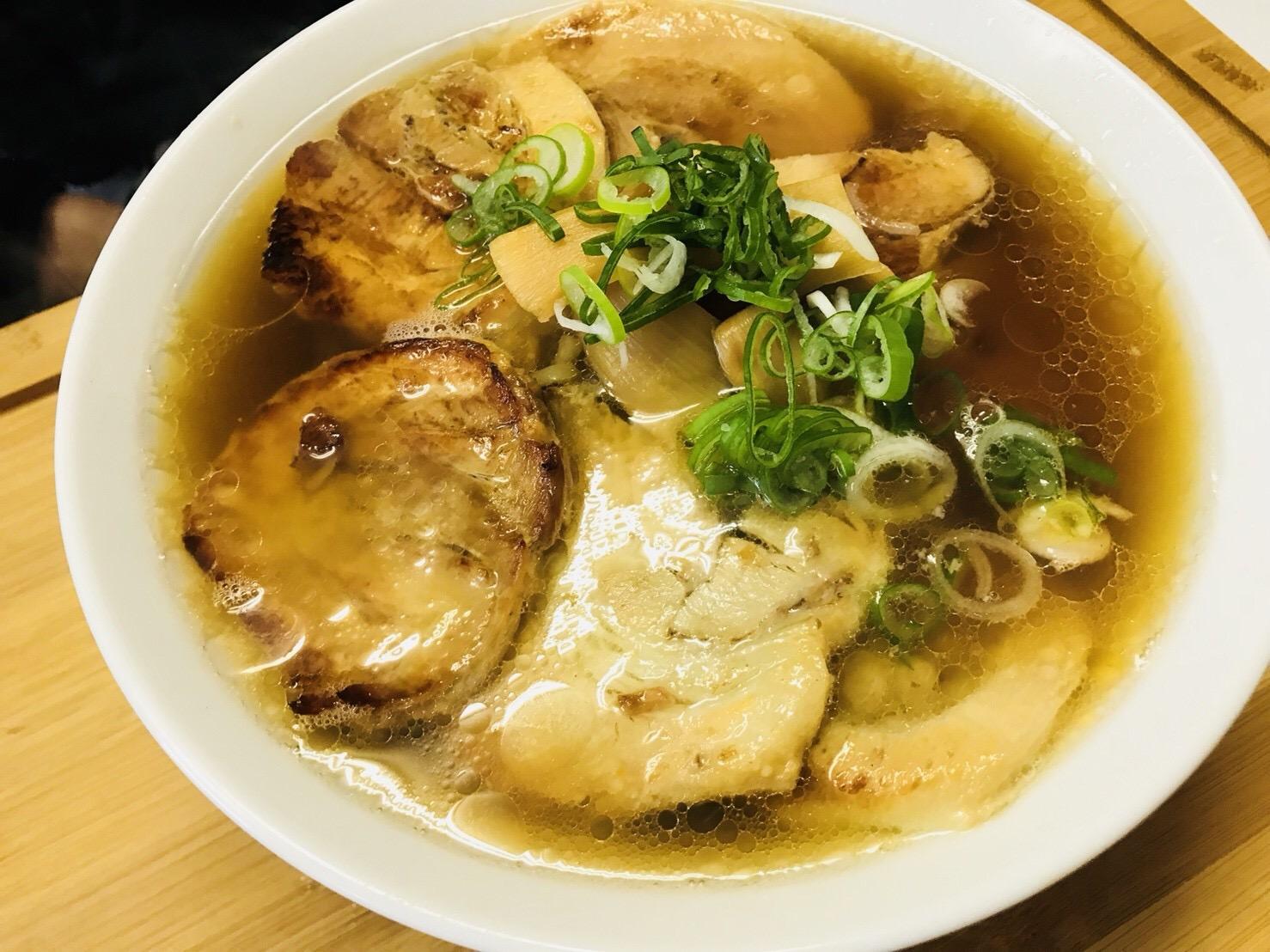 本屋食堂玉小前 阿部書店のチャーシュー麺
