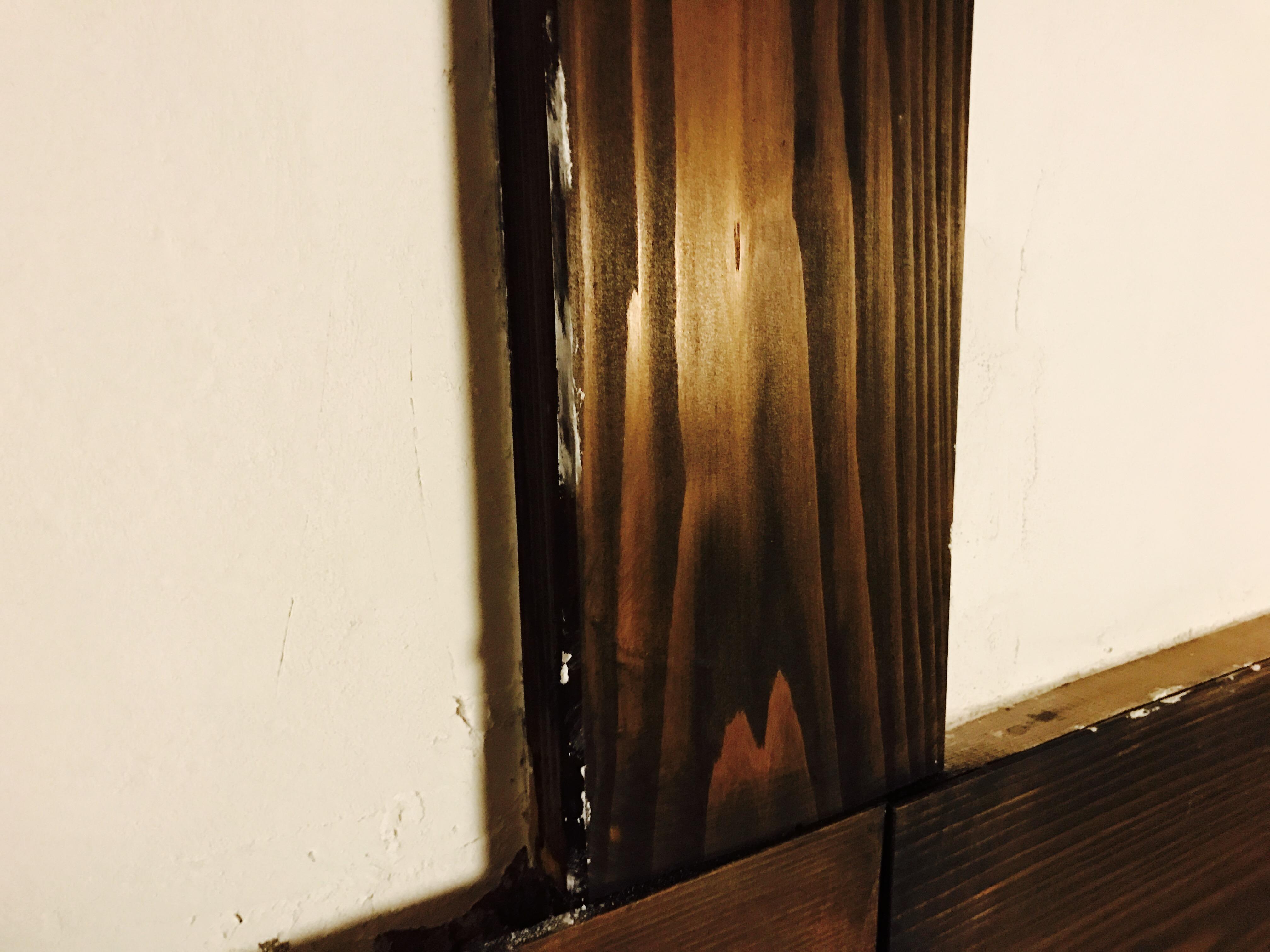 漆喰を塗った後の仕上げ
