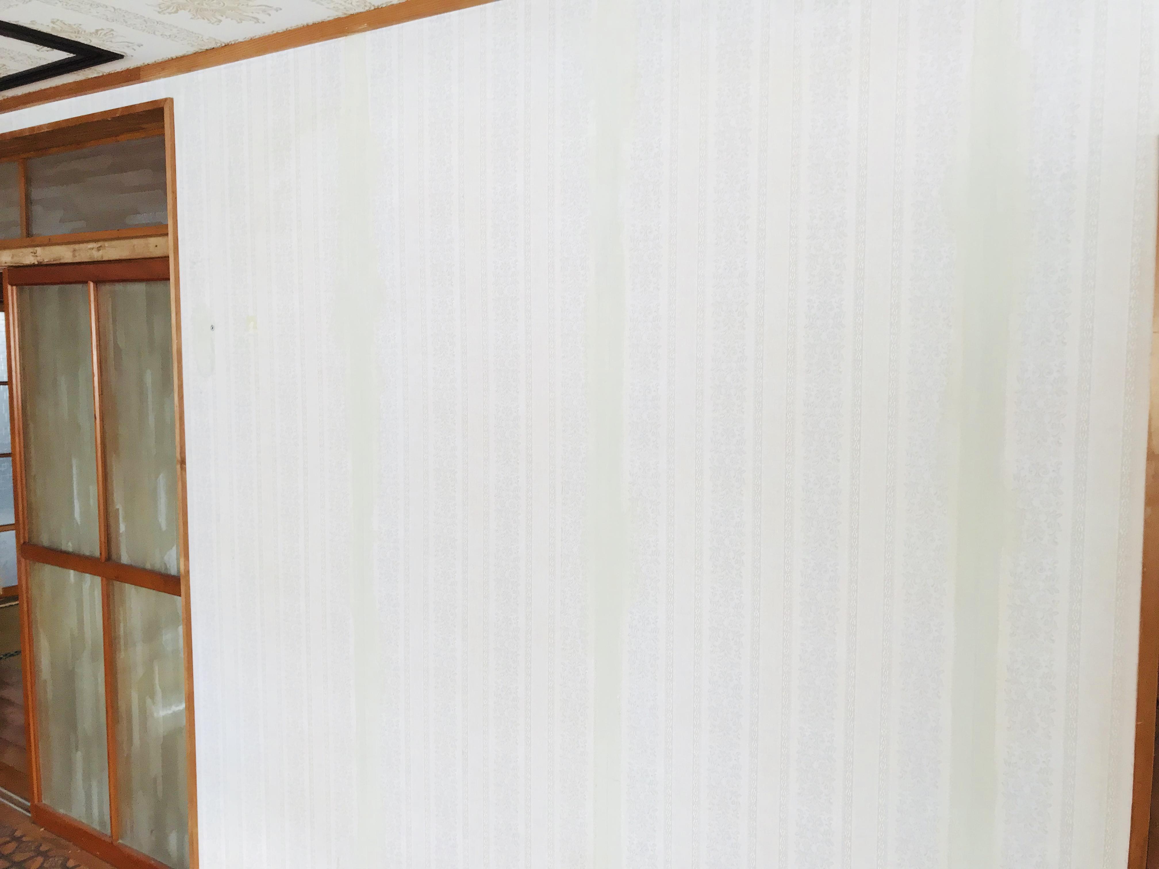 壁紙を貼る下地の確認