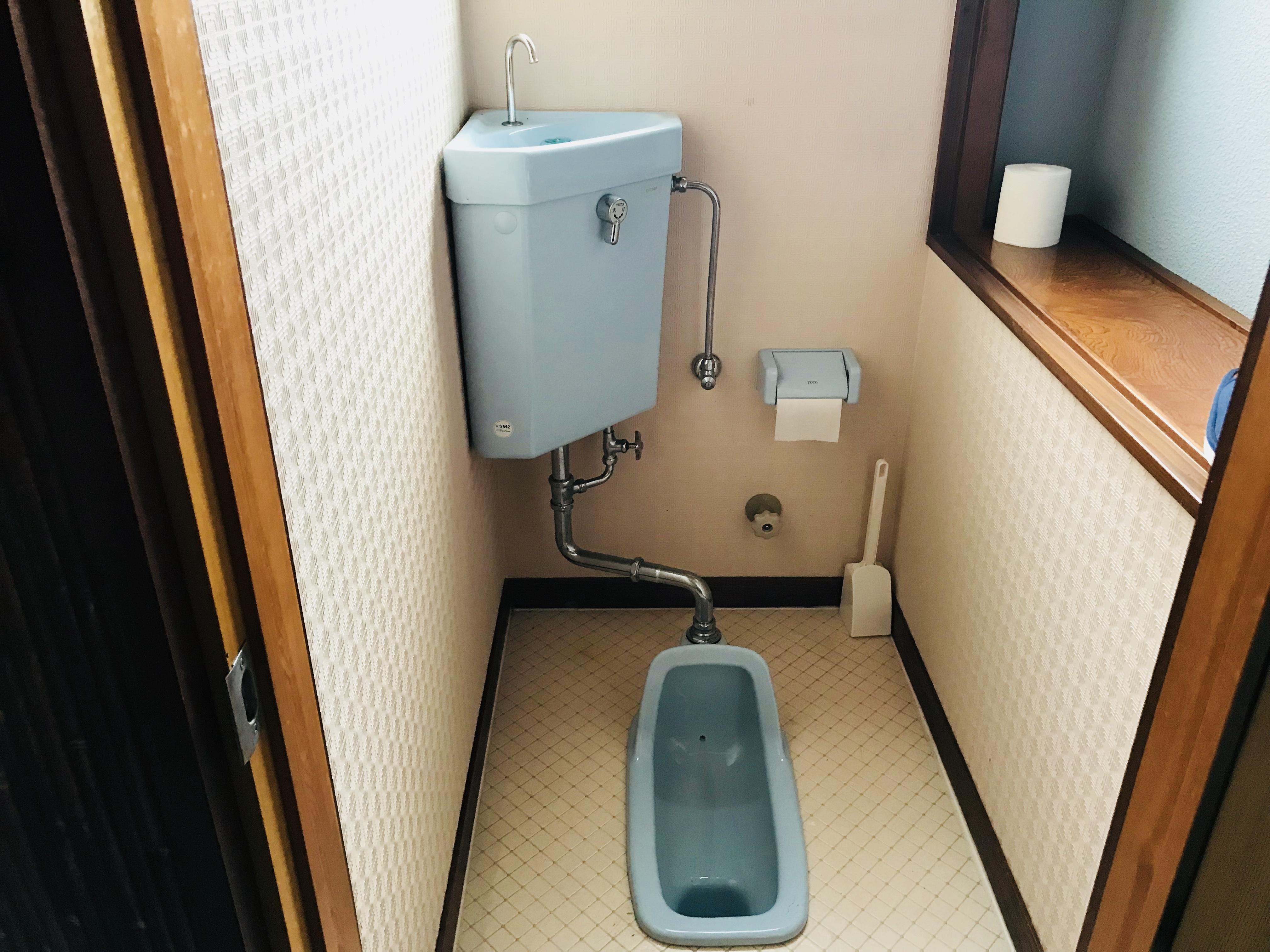 古民家の和式トイレ