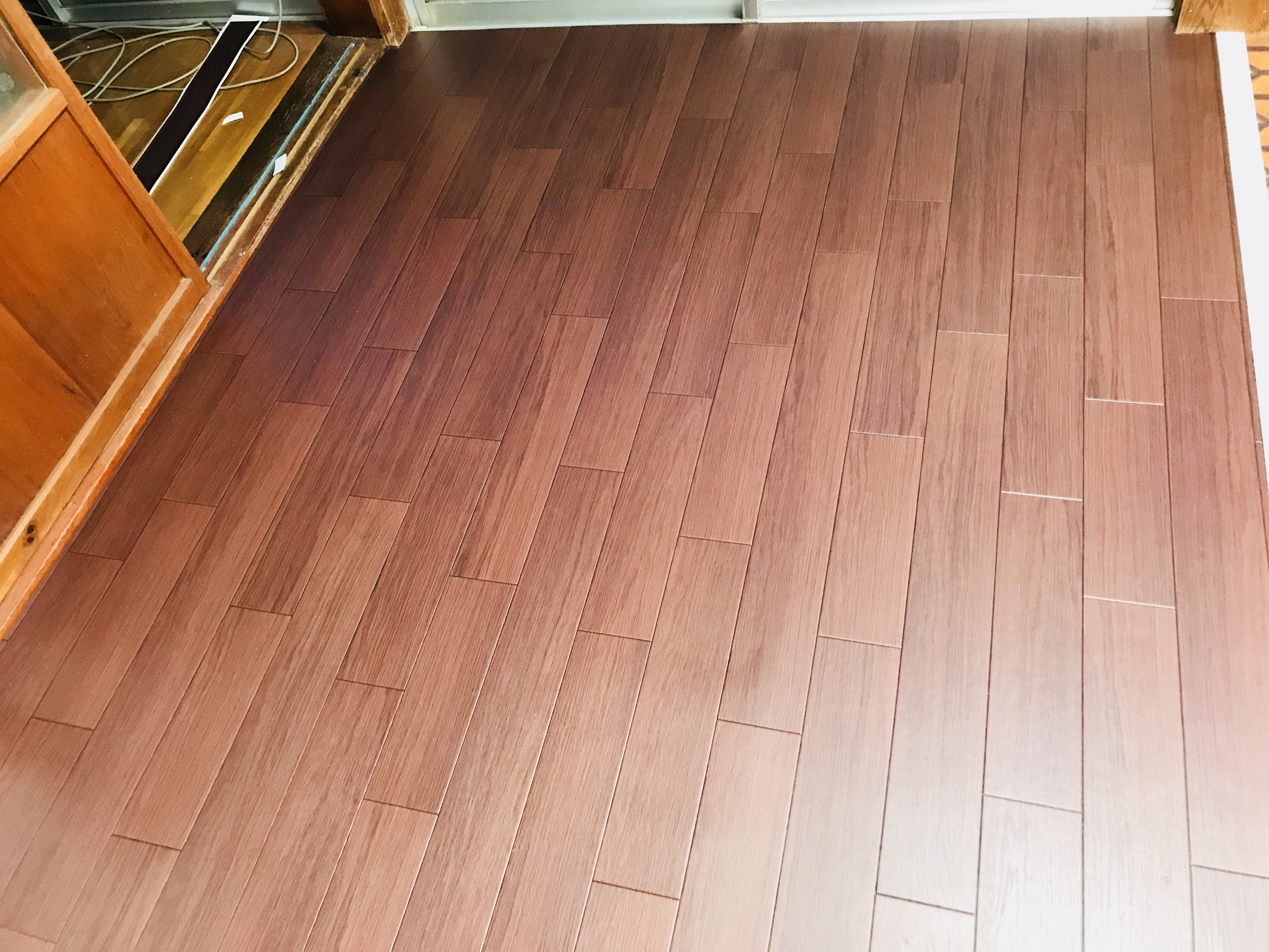 木目のクッションフロア