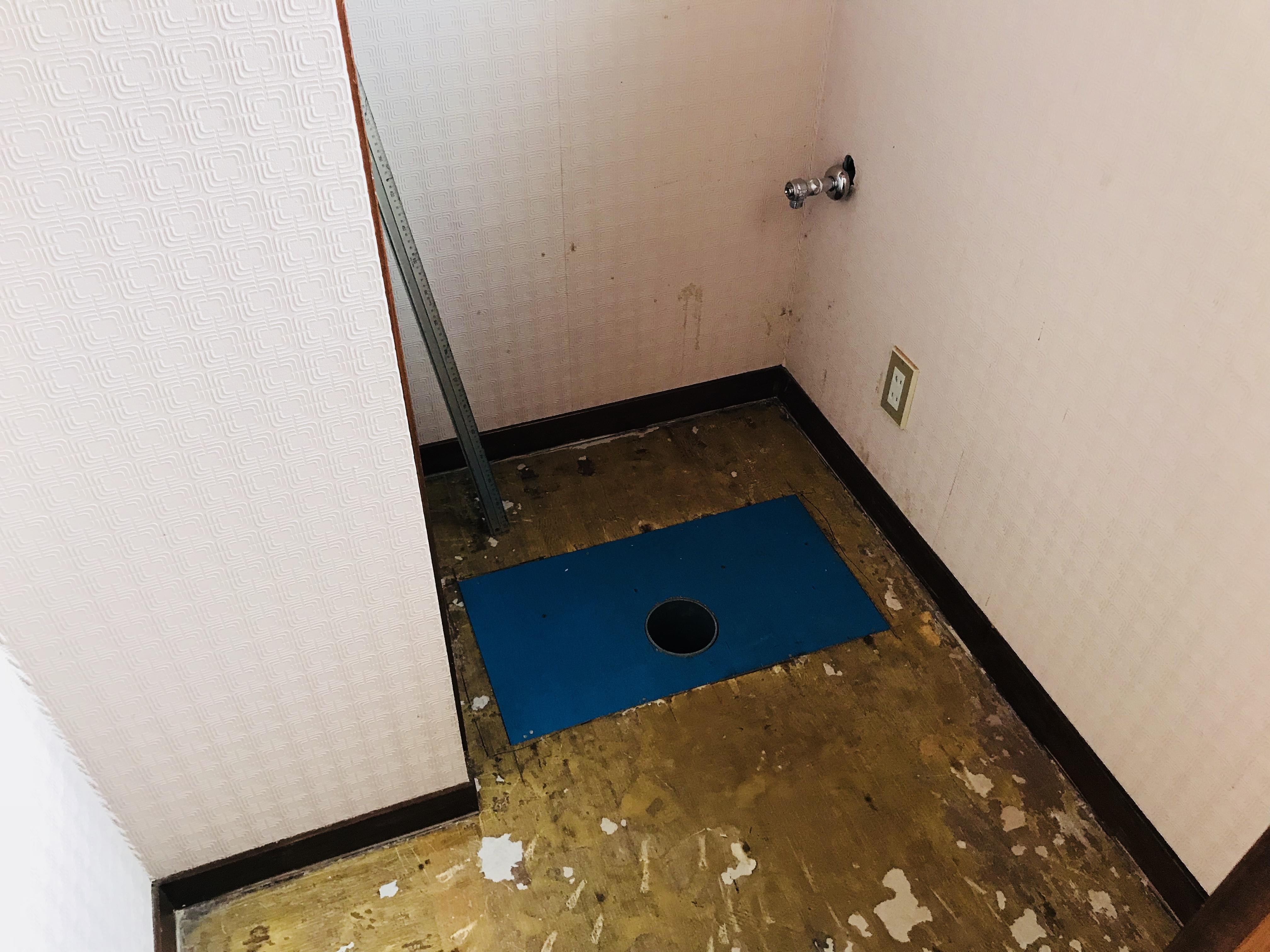 トイレのクッションフロアを剥がす