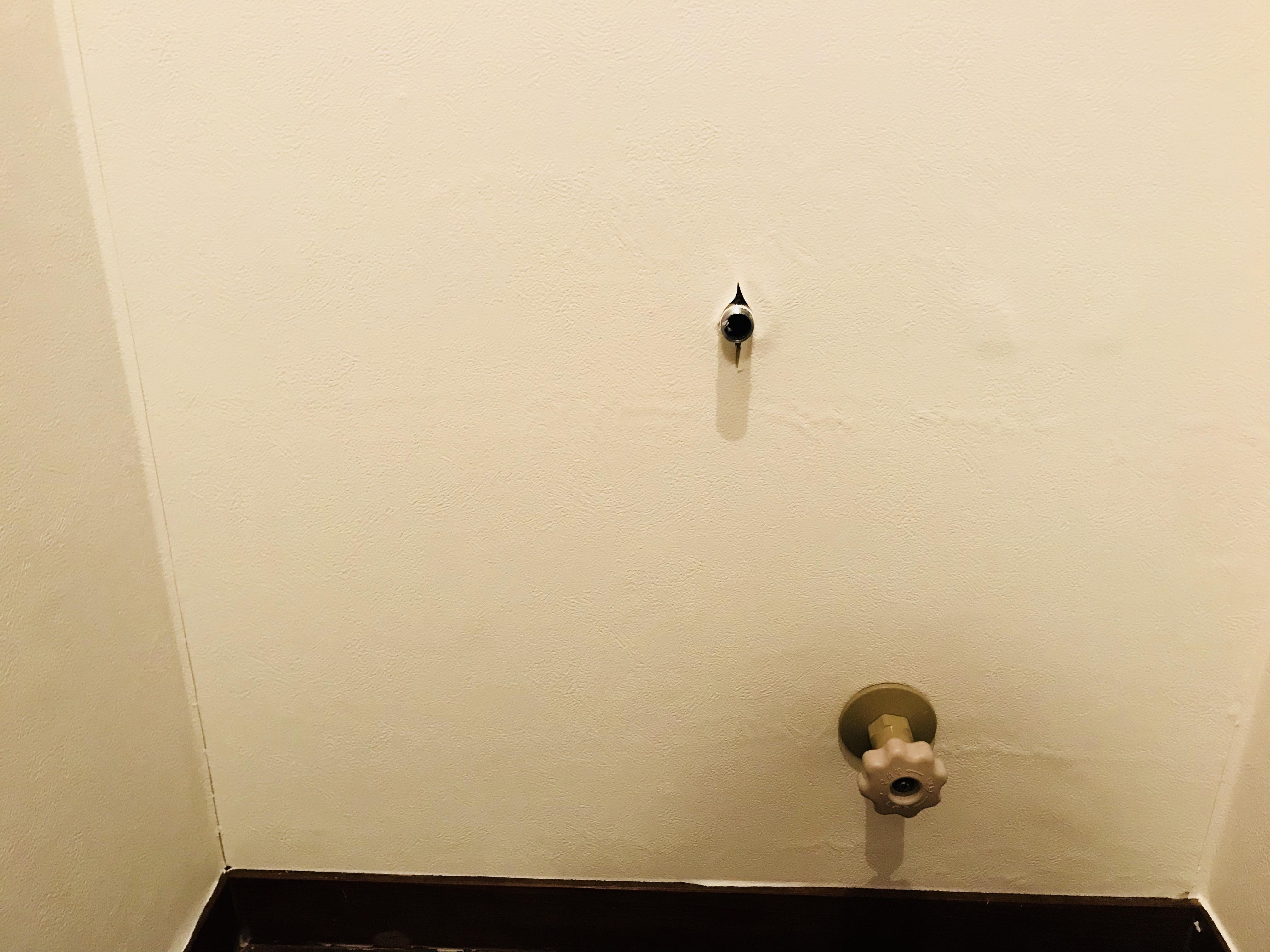 トイレの壁紙をDIYで貼り替え