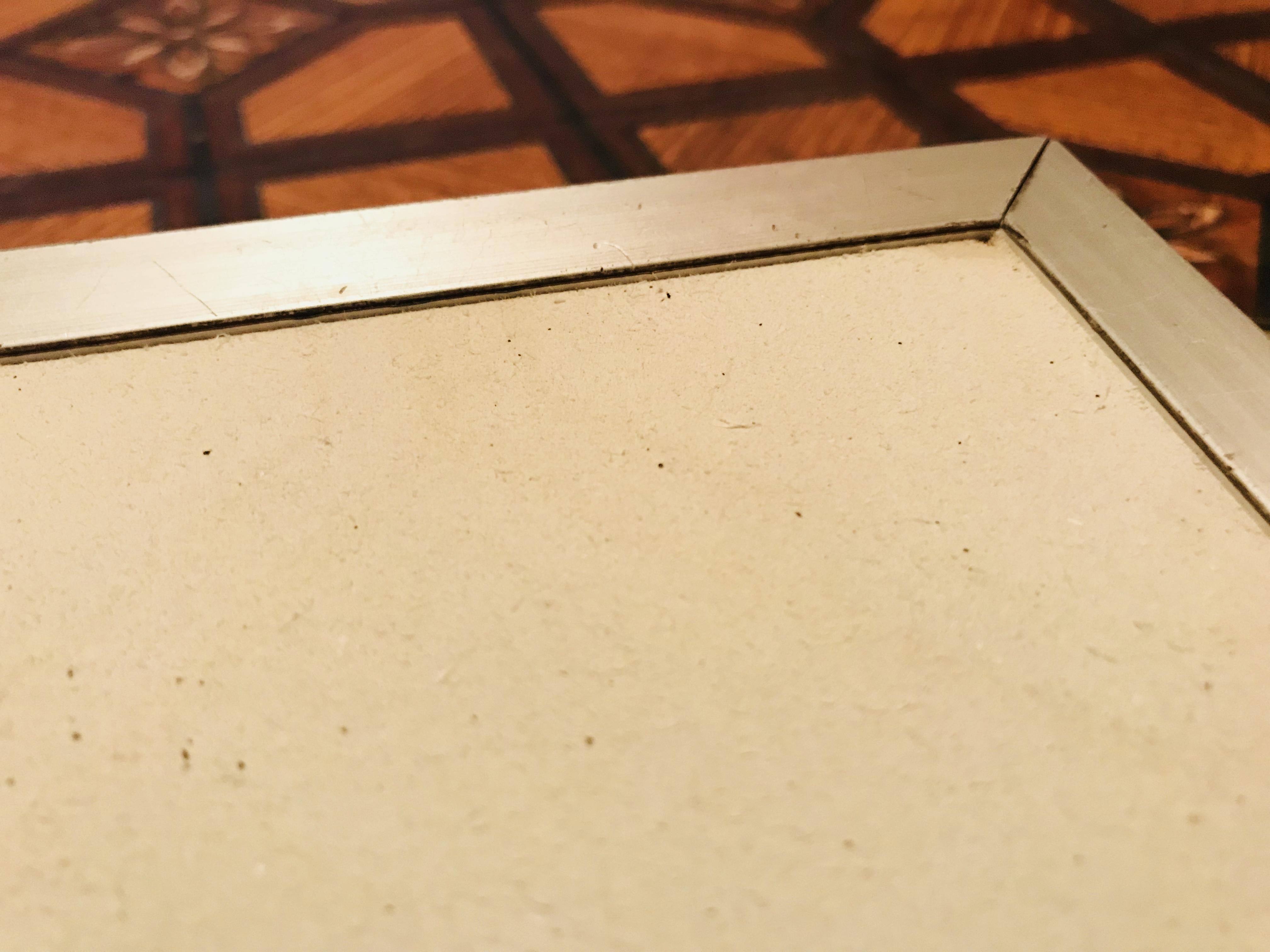 床下収納庫のクッションフロアの貼り替え