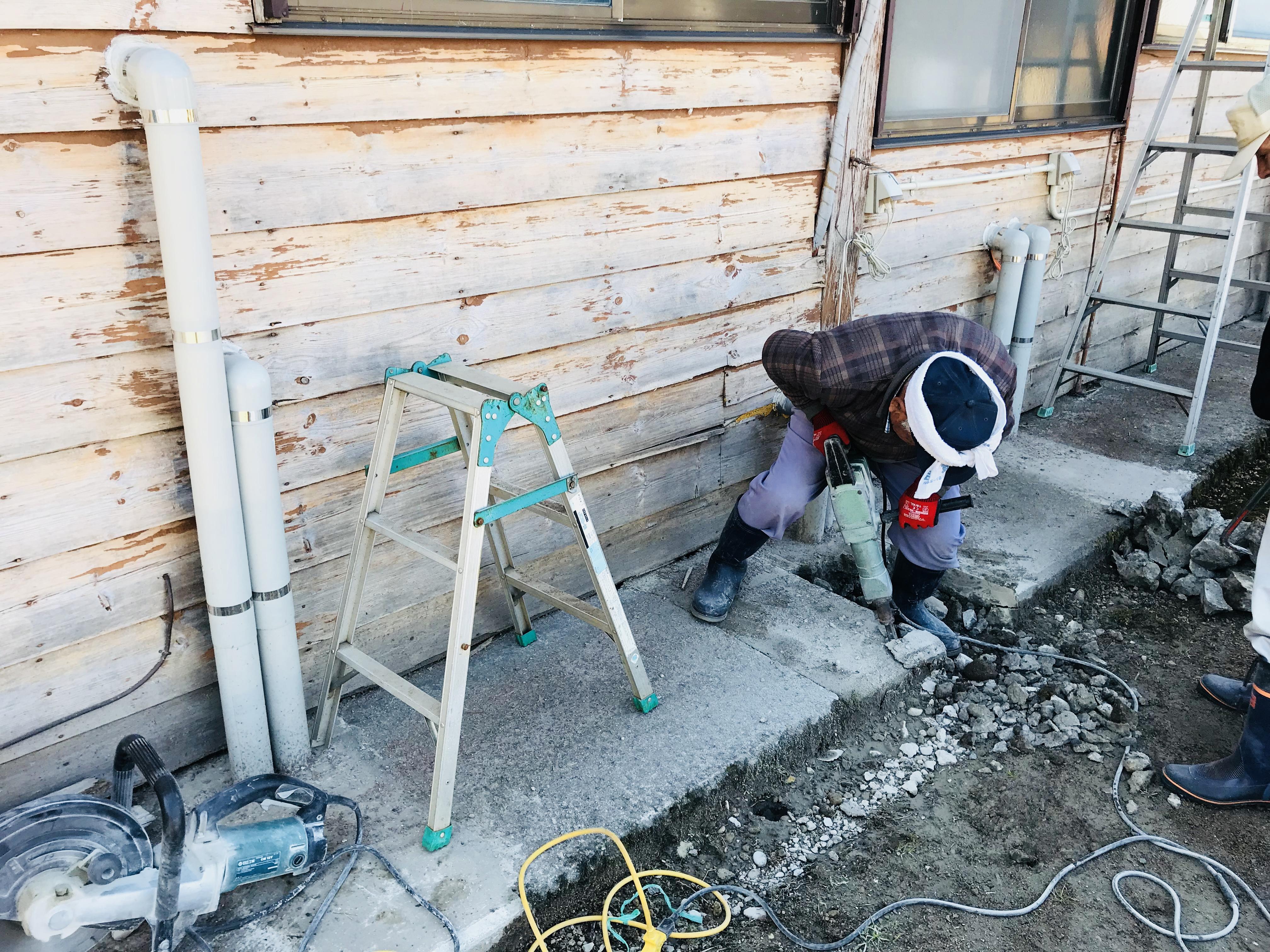 洗面所の配管工事