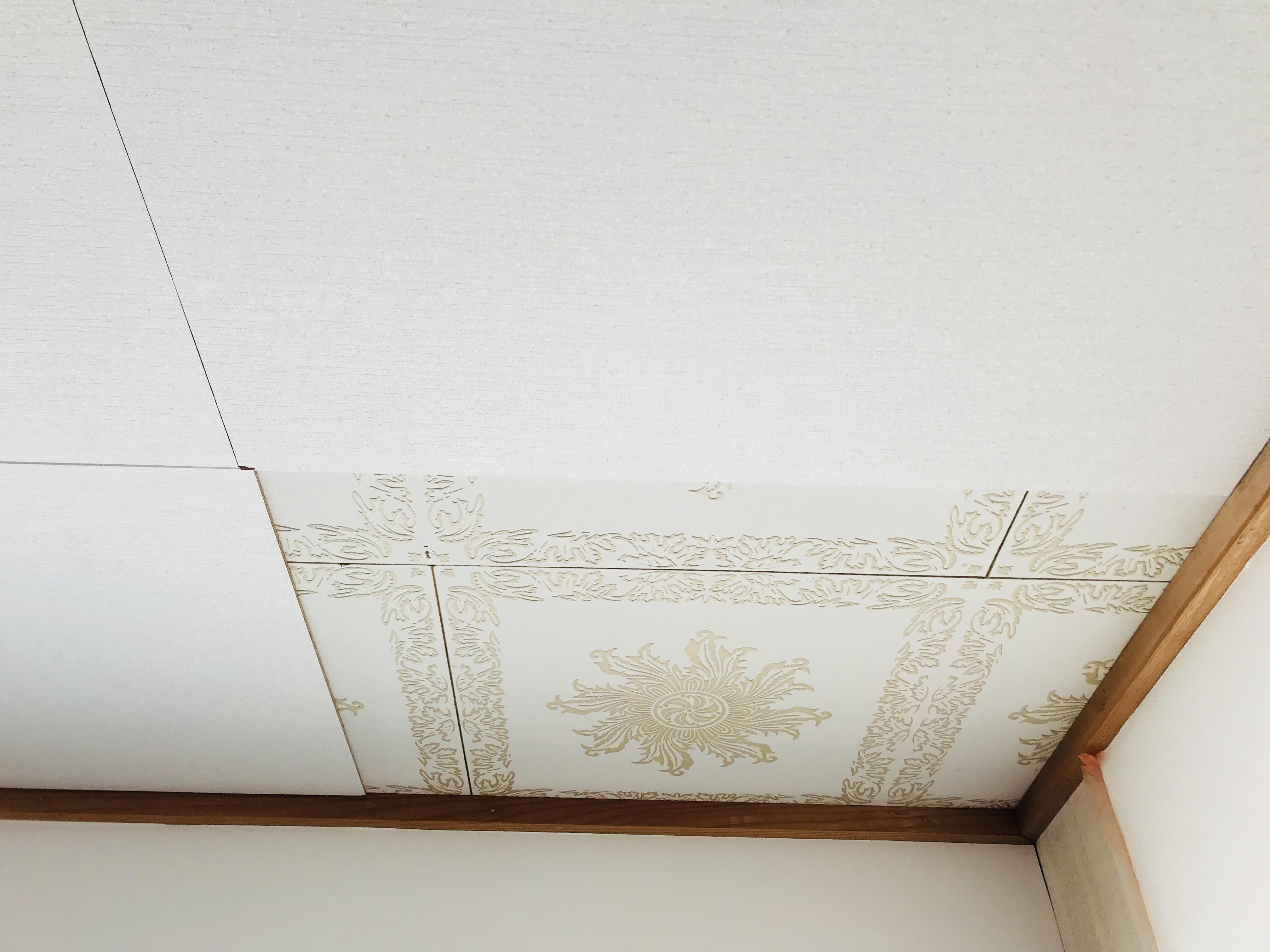 天井に化粧合板を貼る