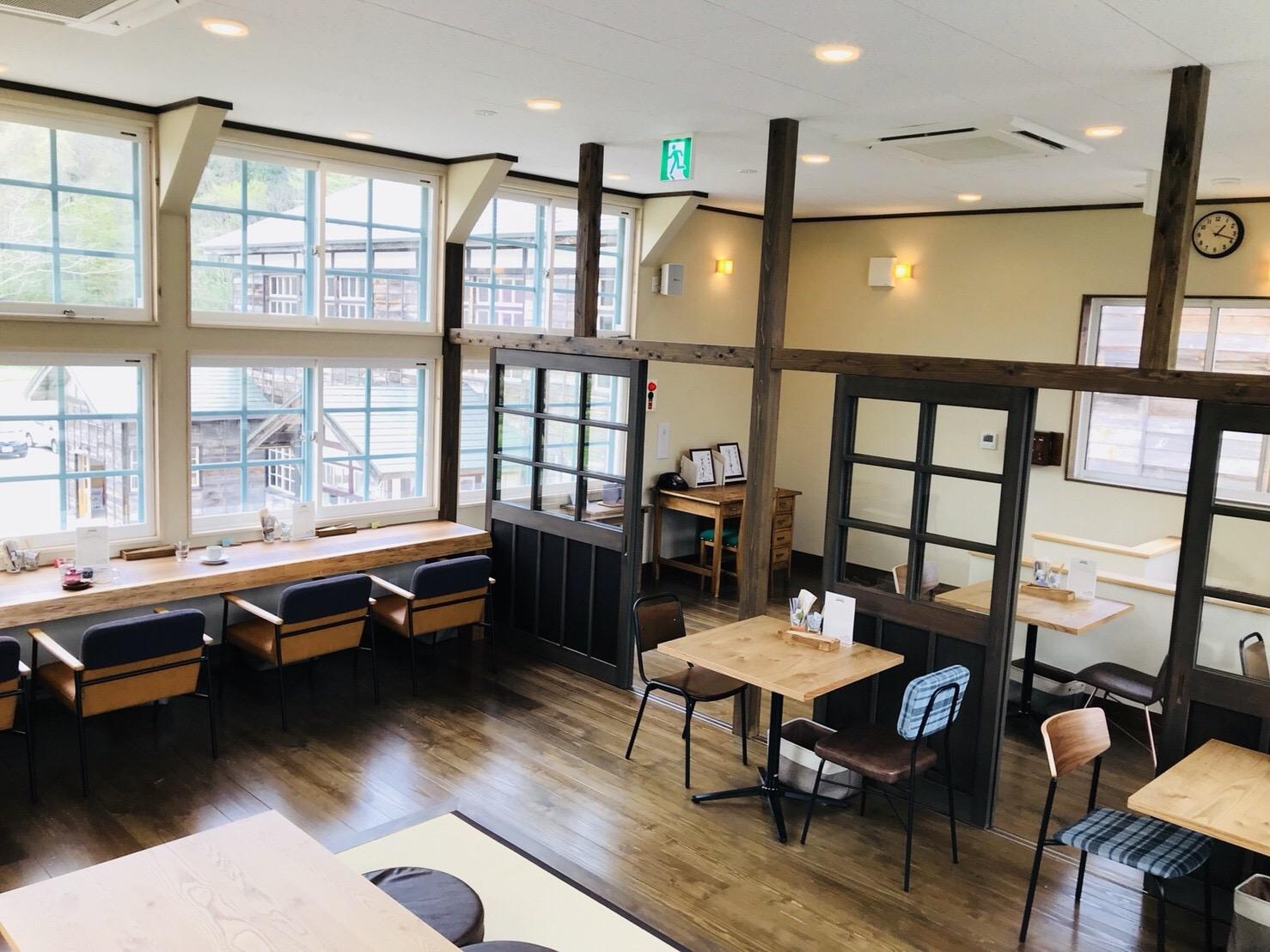蕎麦カフェ スコラの2階
