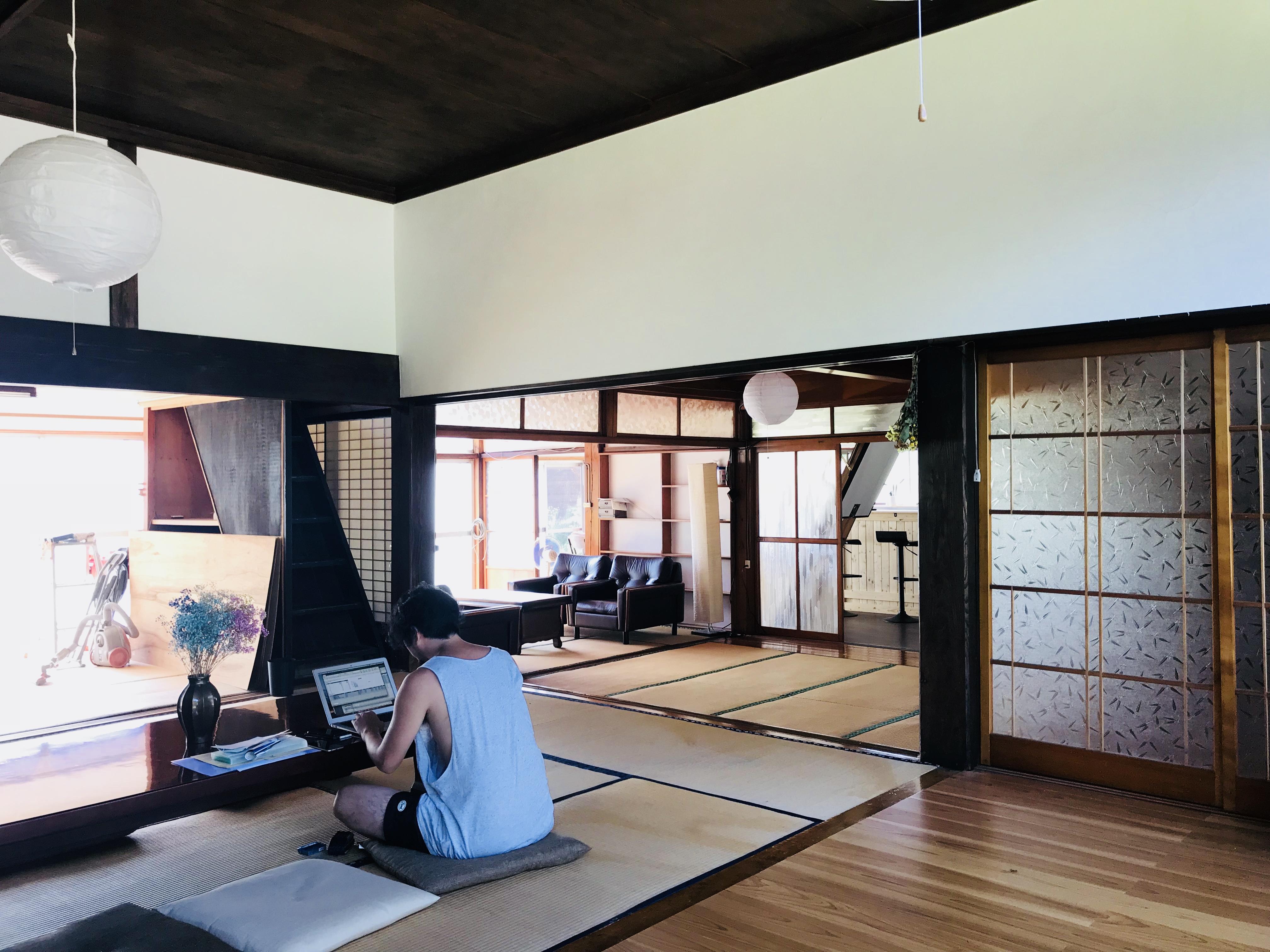 シェアベース昭和村