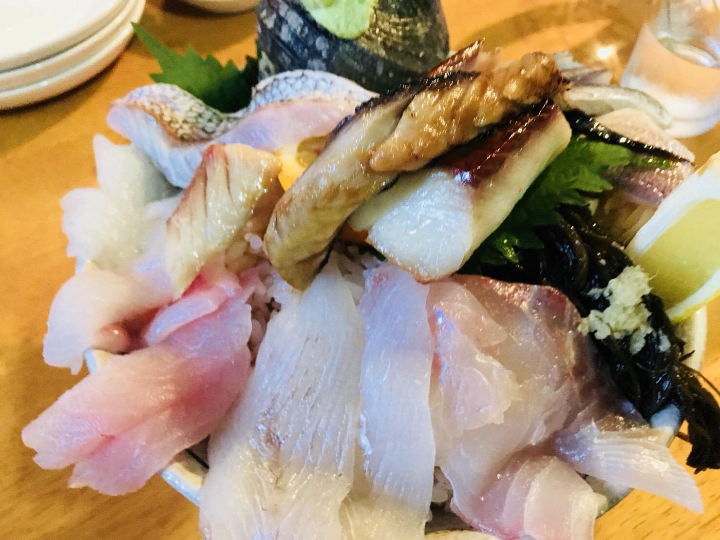 オーシャンフィッシュの海鮮丼