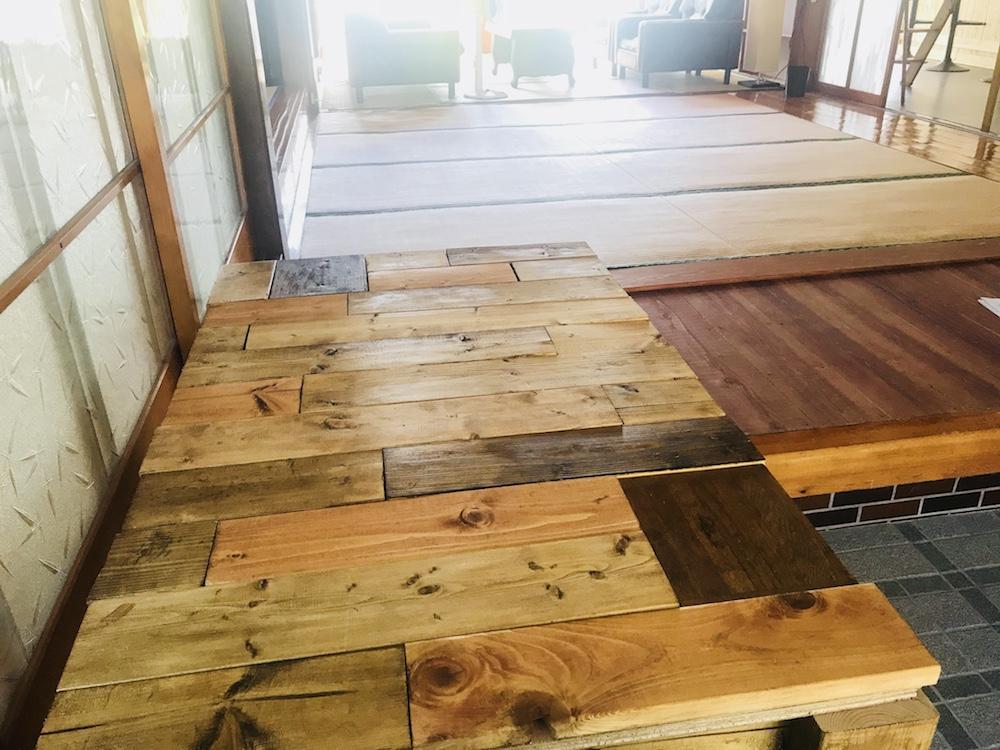 DIYで木材を塗装する