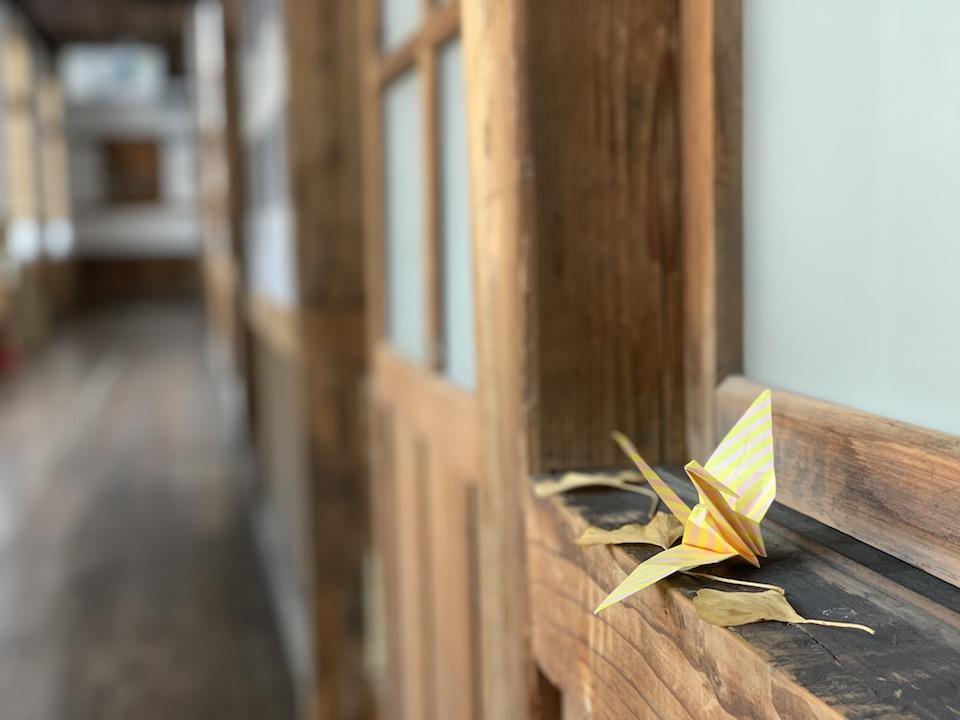 木造校舎の小学校