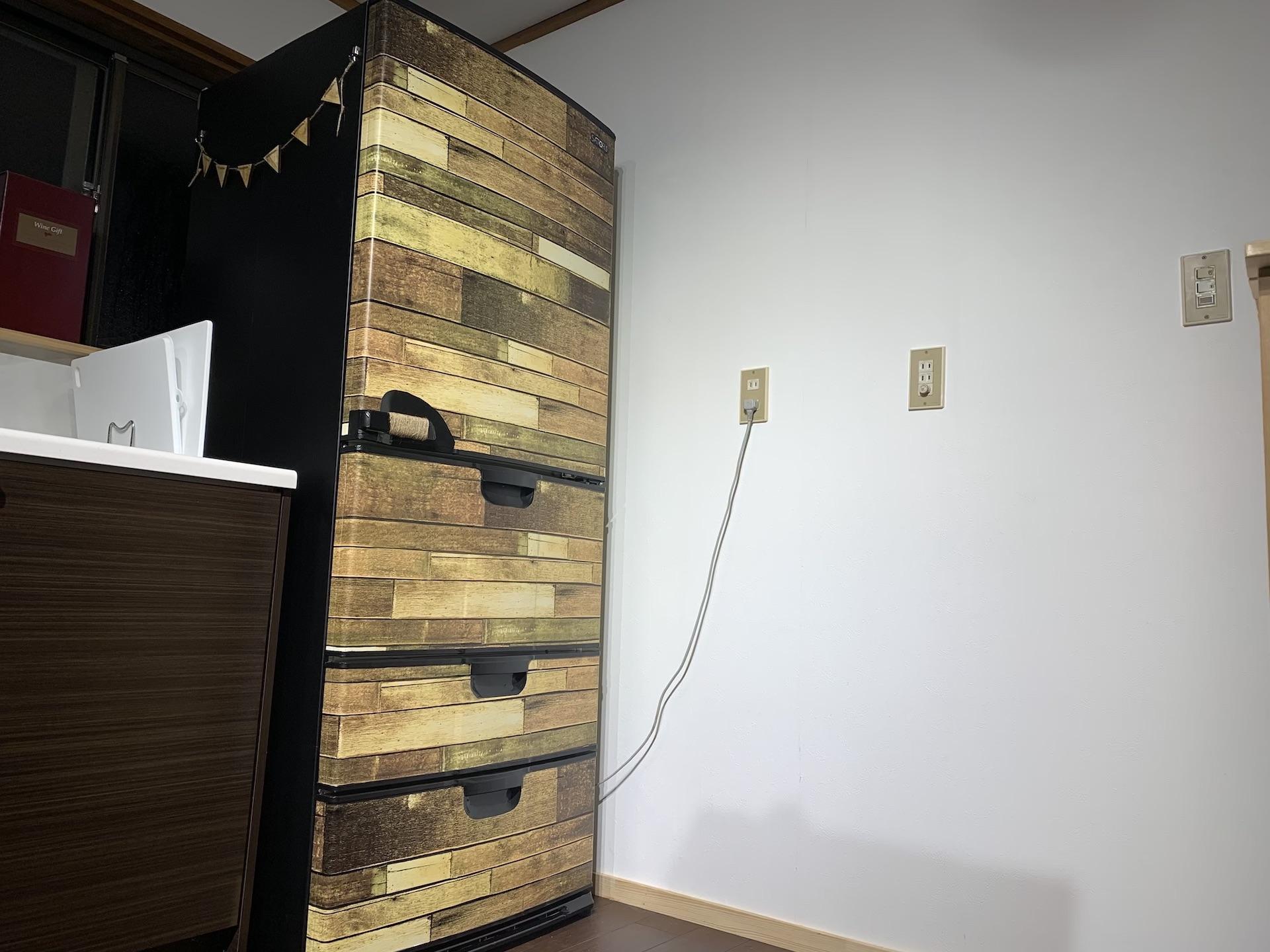冷蔵庫リメイクを100均アイテムで