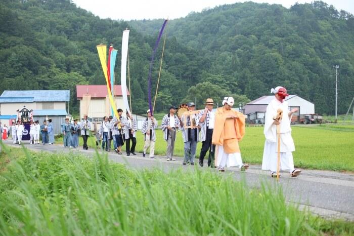 田舎の夏のお祭り