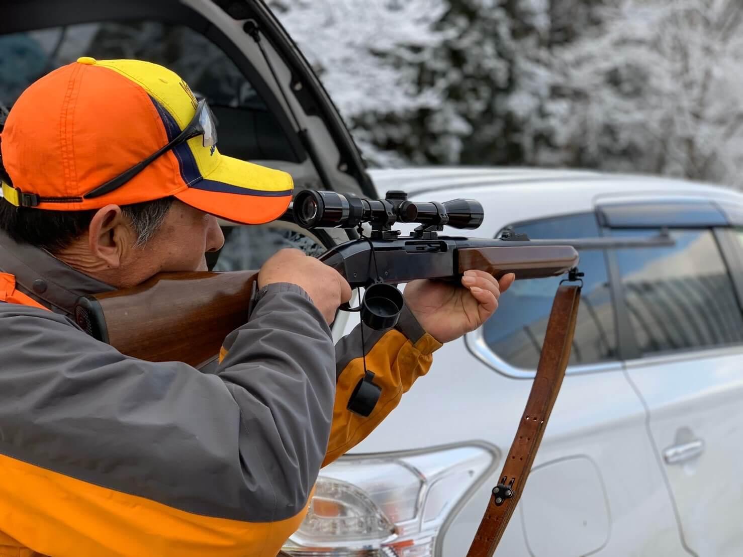 猟師とライフル