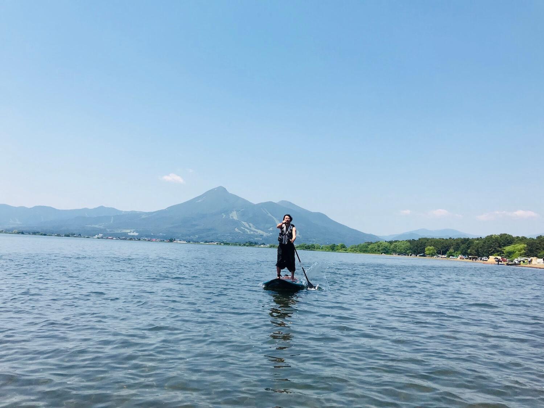 猪苗代湖でサップ