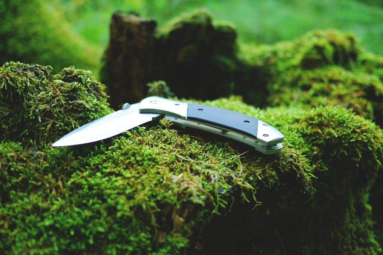 ブッシュクラフトナイフ