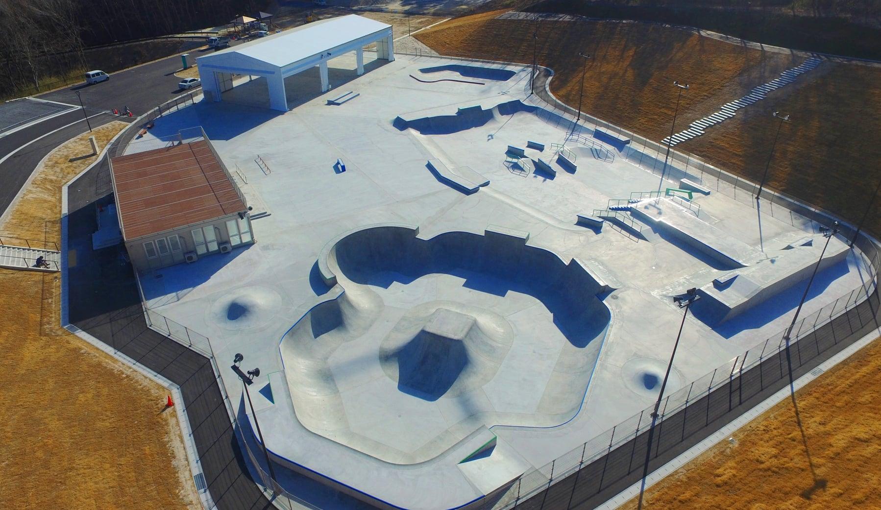 国内最大級のスケートボード施設「ムラサキパークかさま」とは?