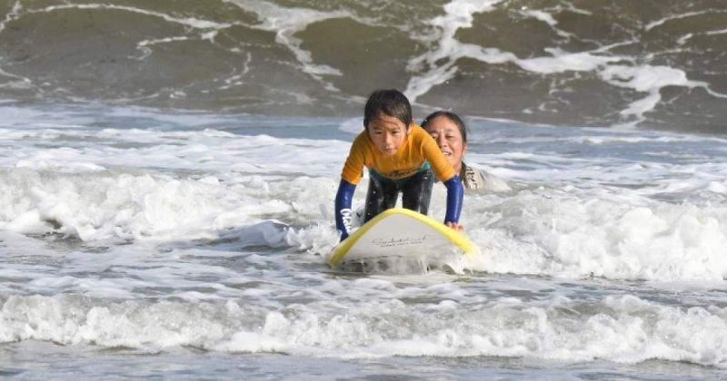 千葉県【千葉・九十九里】女性の講師が丁寧に教える楽しく安心なサーフィンスクール!!/主催:mi surfing school