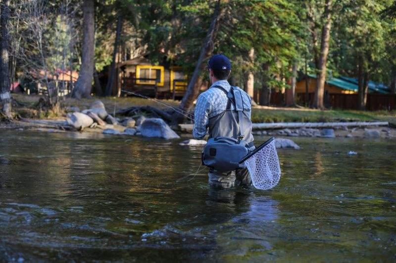 海釣りとはまた違った楽しさ!「渓流釣り」。